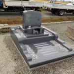 G654長泰を使った洋型のお墓の完成です。