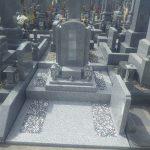 G688中目でつくられたお墓が完成しました。