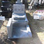 白御影石の洋型墓石