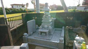 宇宙の理を説く五大思想(地・水・火・風・空)に基づきデザインされた五輪塔です。宗派を超えた人気のスタイルです。